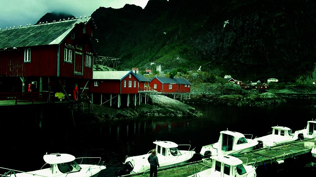 Лофотены. Свольвер. Деревня Å. Рыбный стол Норвегии 017