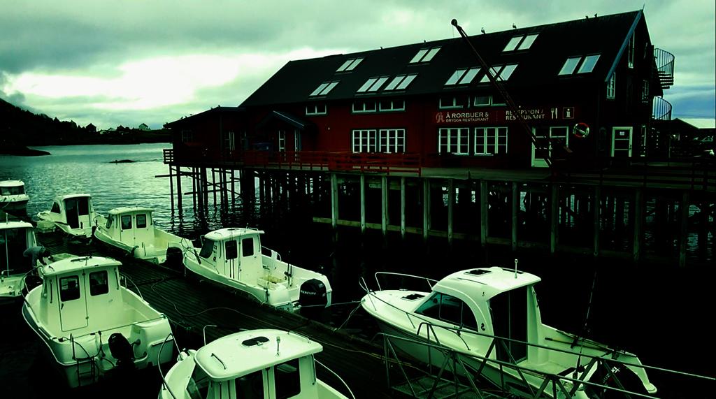 Лофотены. Свольвер. Деревня Å. Рыбный стол Норвегии 026