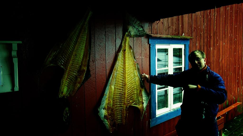 Лофотены. Свольвер. Деревня Å. Рыбный стол Норвегии 027